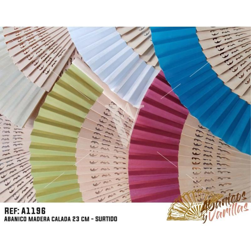 Leque de madeira 23 cm e tecido em cores sortidas