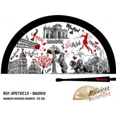 Abanicos de 23 cm pintados en acrilico con dibujos de madrid