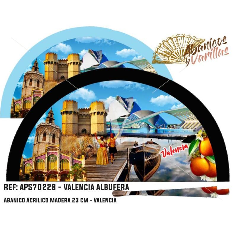 Abanicos de madera pintados en acrílico con diseños de la Albufera de Valencia