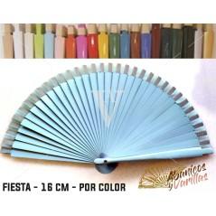 Leque Azul claro de mala fabricado em madeira de 16 cm em 14 cores a escolher